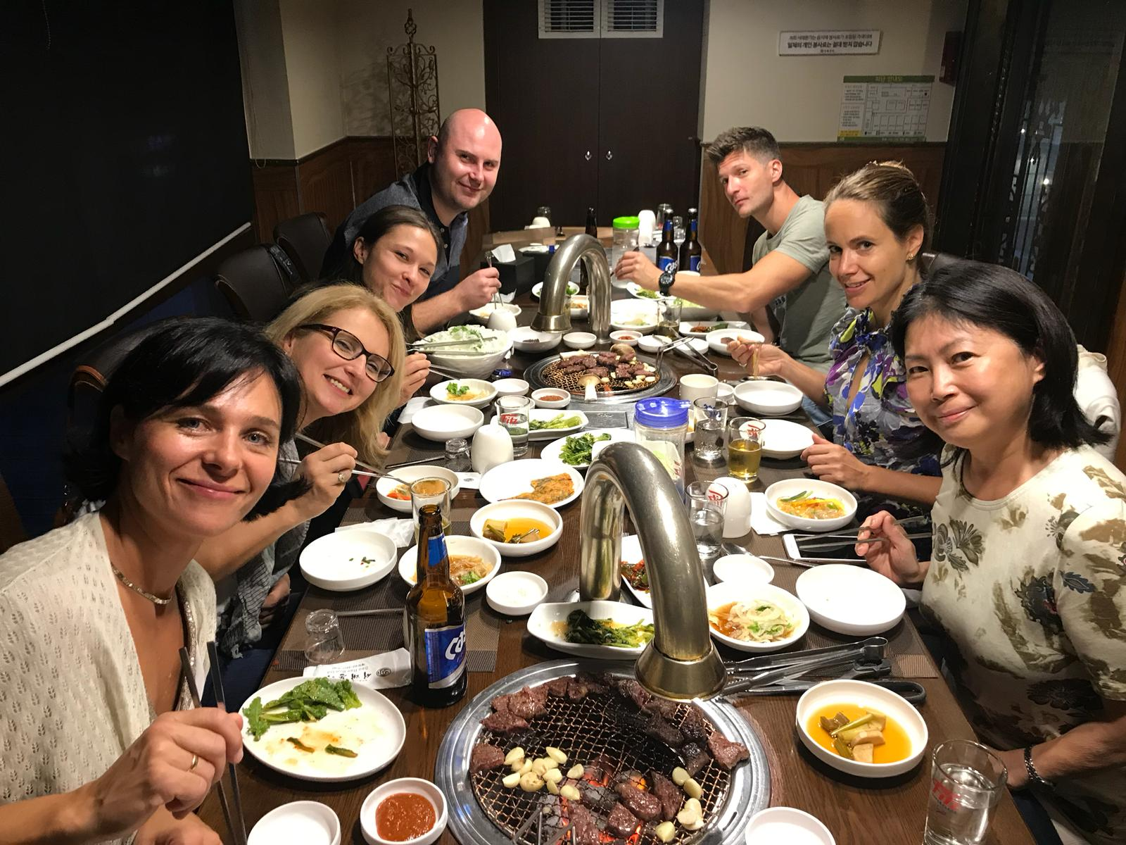 Asien-Tournee Abendessen mit Tischgrill 1